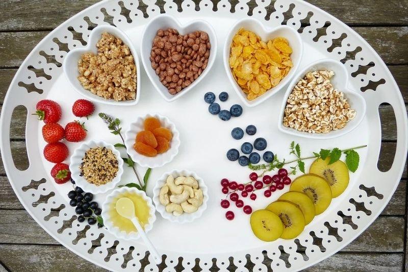 必要な栄養をしっかり取ることができる!サプリメント 食事