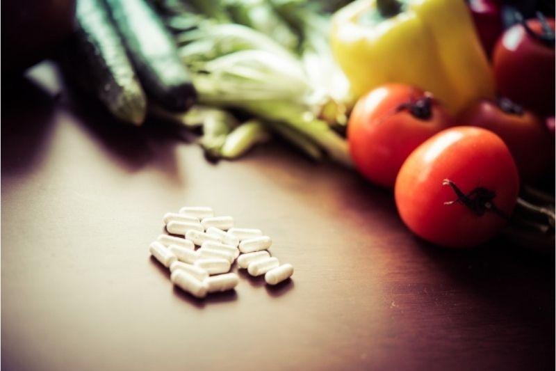 食事だけでは補えない部分も対応できるのがサプリ
